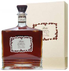 Amaro d'Erbe Il 28 Di Via San Nicolao  Berta Distillerie